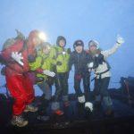 富士登山2017ご来光を見る費用は?頂上への持ち物や服装に注意点!