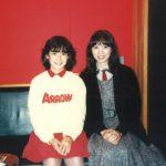 岡田有希子と竹内まりやが新アルバム!2人の出会いや共通点に没後33年の友情とは